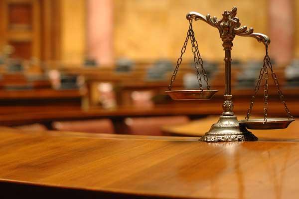 השאר לשופט לשפוט