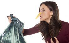 7 טיפים: מה לעשות עם שכן שמתעקש להשאיר אשפה בחדר המדרגות